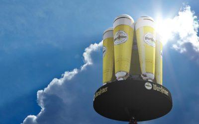 Cheers: Gigantische Biertulpen am Himmel